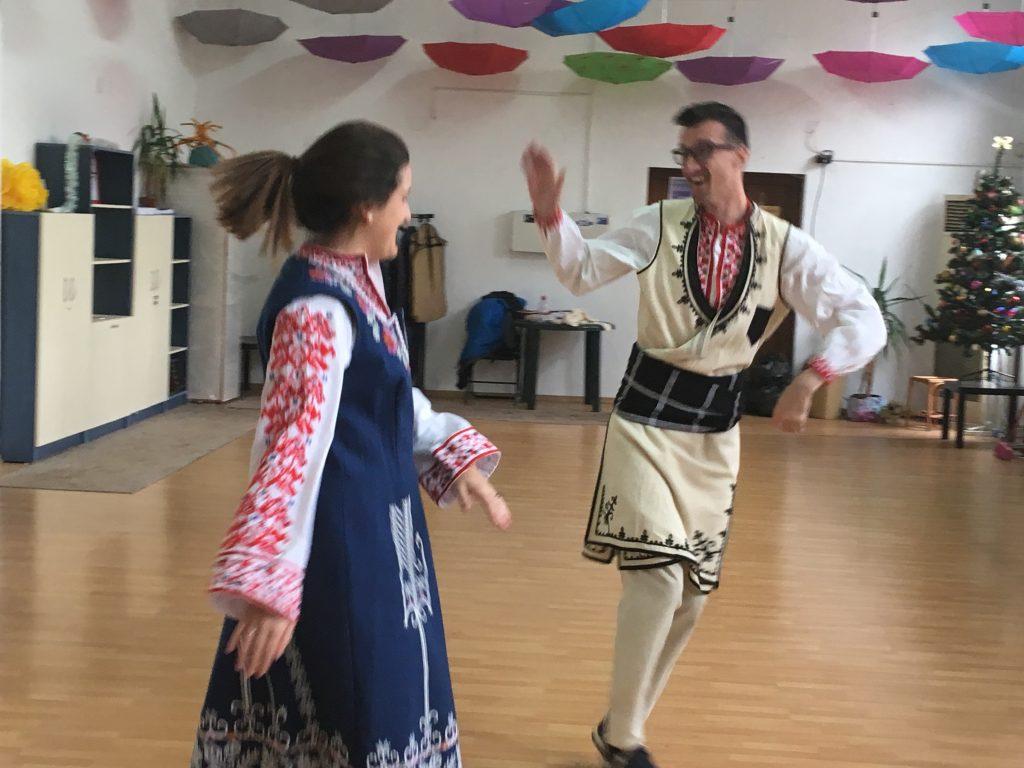 horo dance